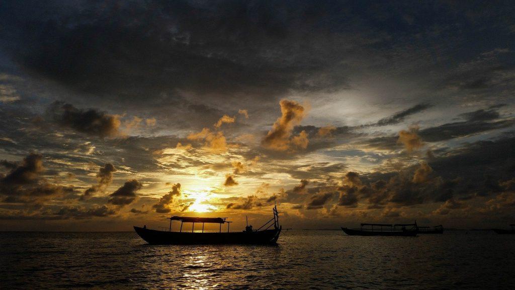 shianoukhville beach sunset