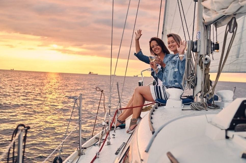 Luxury Yachts Holidays with friends